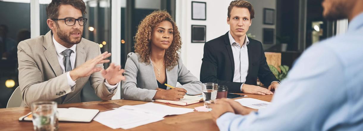 [Mercado de trabalho: Como se atualizar para acompanhar o ritmo da mudança?]